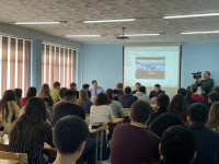 Students meeting with representatives of ESPC